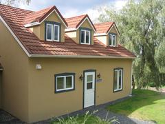 rent-cottage_Sutton_18921