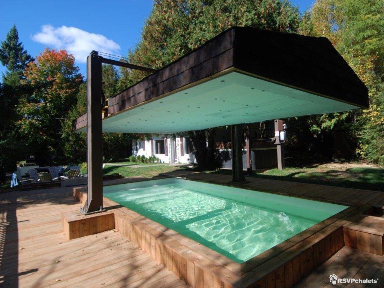 Chalet louer le bavarois no 5 chalet romantique ste for Chalet st agathe des monts piscine intrieur