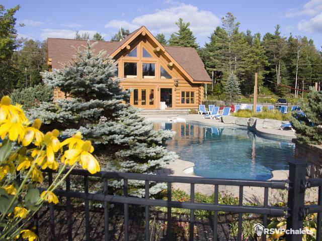 Fiddler Lake Resort - 50 Chalets