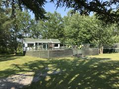 rent-cottage_Notre-Dame-du-Mont-Carmel_115918