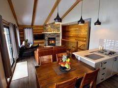 cottage-rental_21-chaletslac-plage-piscine-spas_83090