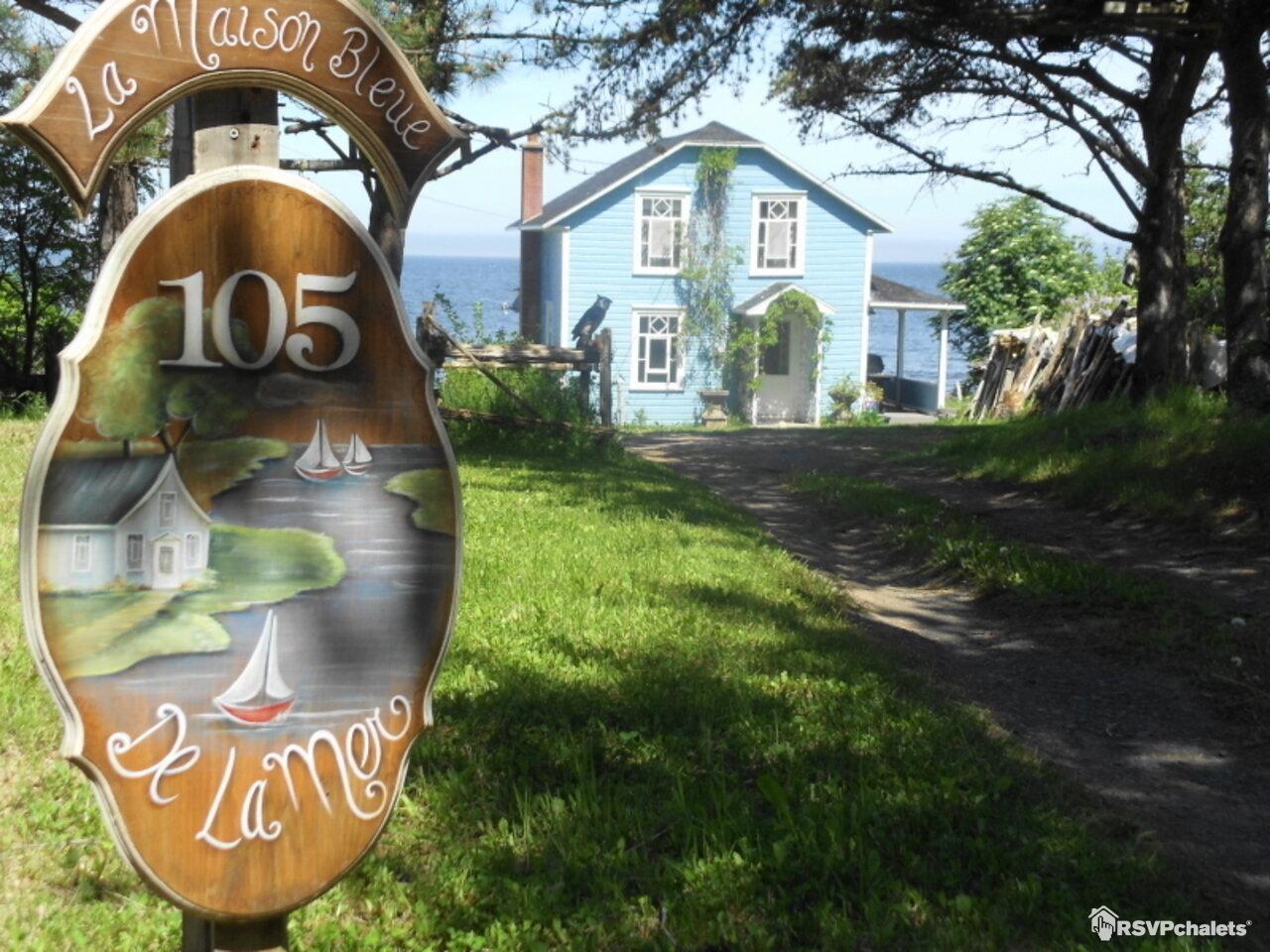 Chalet louer la maison bleue st fabien sur mer bas for Agessa ou maison des artistes