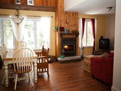 cottage-rental_chalet-lac-claude_5082