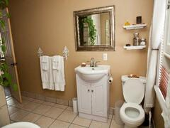rent-cottage_Rawdon_5089