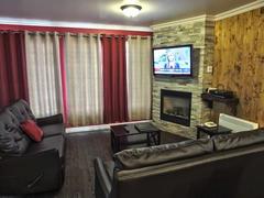 rent-cottage_Stoneham_76153