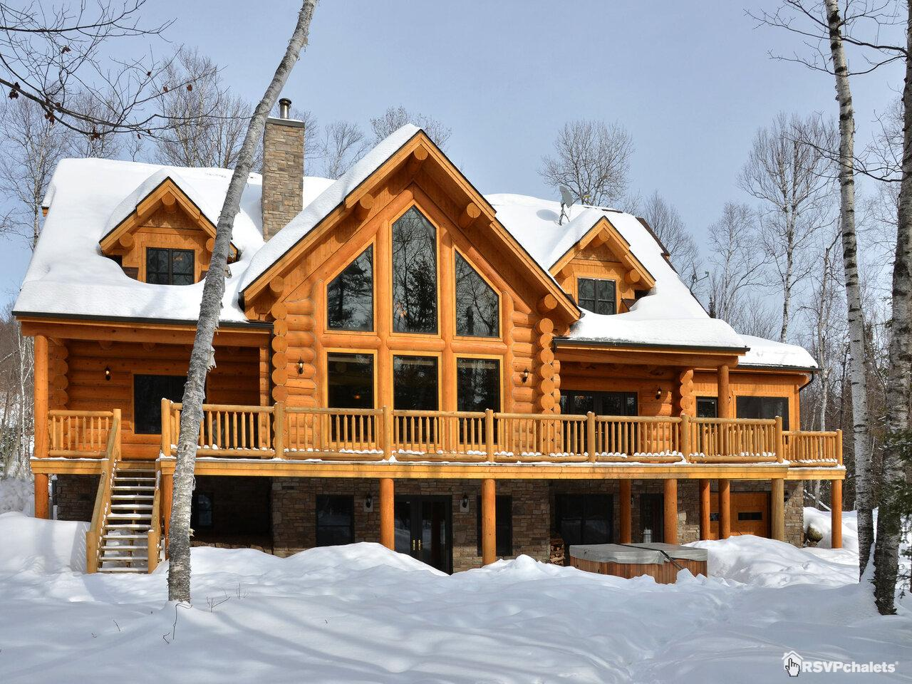chalet louer four bears executif mont tremblant laurentides. Black Bedroom Furniture Sets. Home Design Ideas