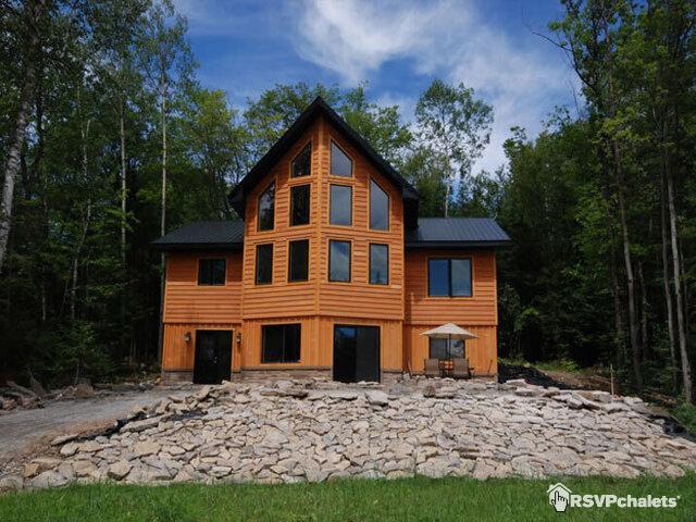 Labrador Lodge