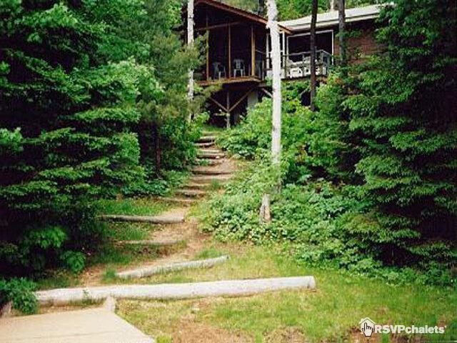 Happynest and Family Reunion Cottage