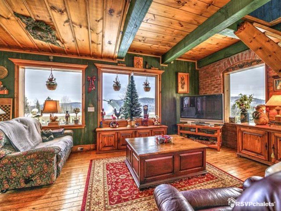 Chalet louer chalet la maison de l 39 artisan val for Maison de l artisan