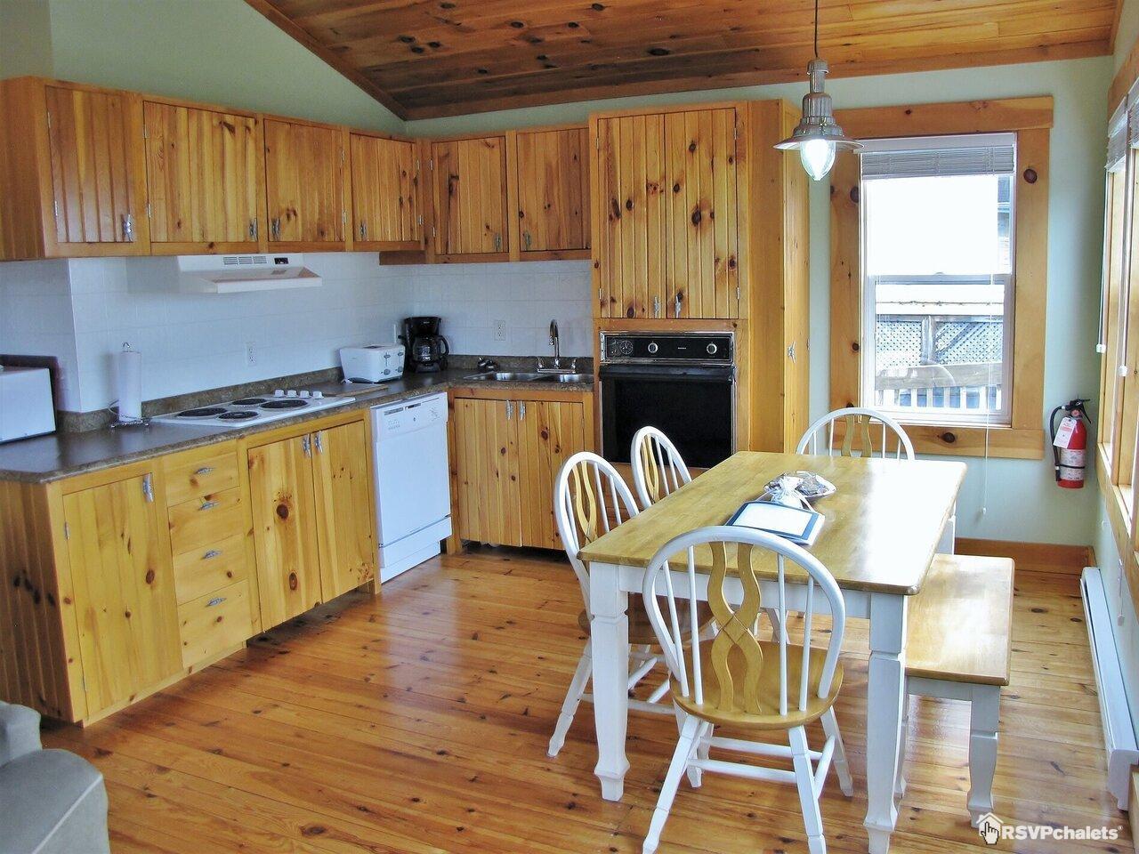 Remarkable Cottage For Rent Larindas Landing Oceanfront Cottag Interior Design Ideas Apansoteloinfo