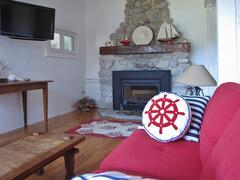 cottage-rental_larinda-s-landing-oceanfront-cottag_104754