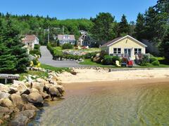cottage-rental_larinda-s-landing-oceanfront-cottag_104758