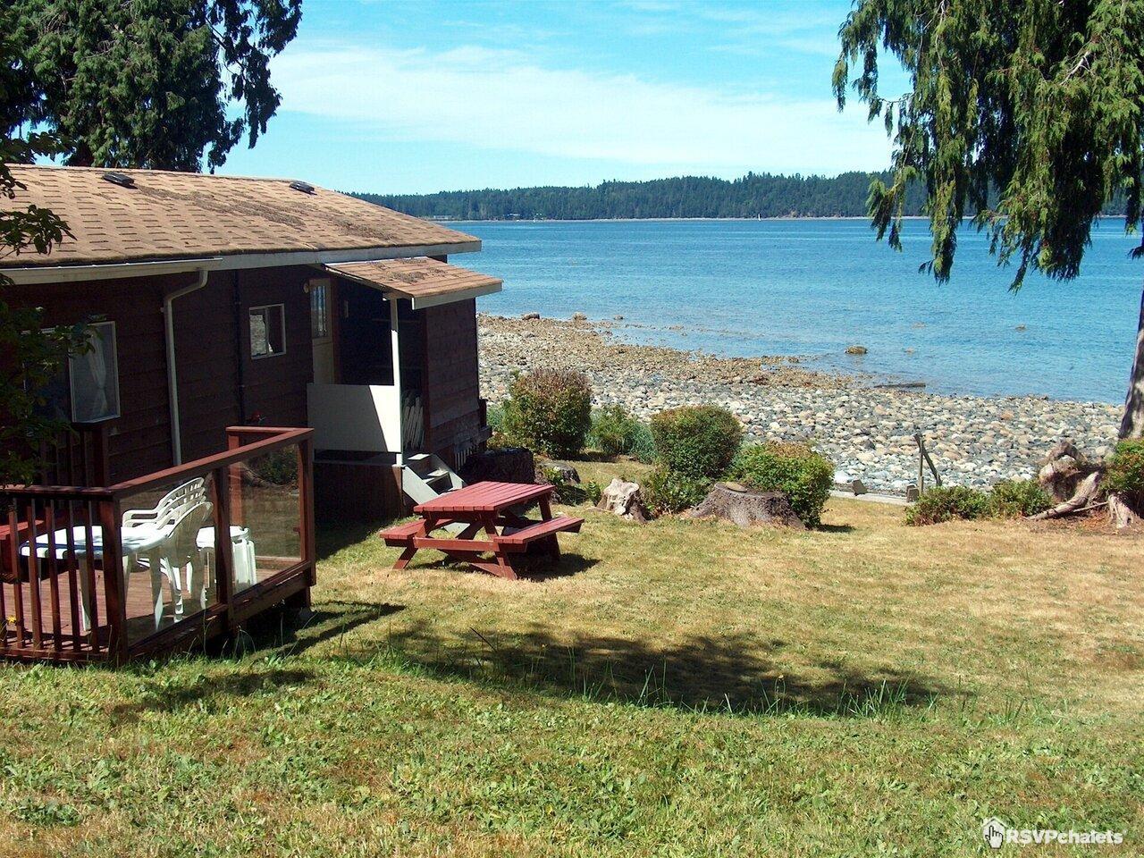 Chalet 224 louer dogwood beach oceanside cottage deep bay ile de vancouver