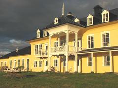 cottage-rental_manoir-de-la-pointe-aux-orignaux-d_54381