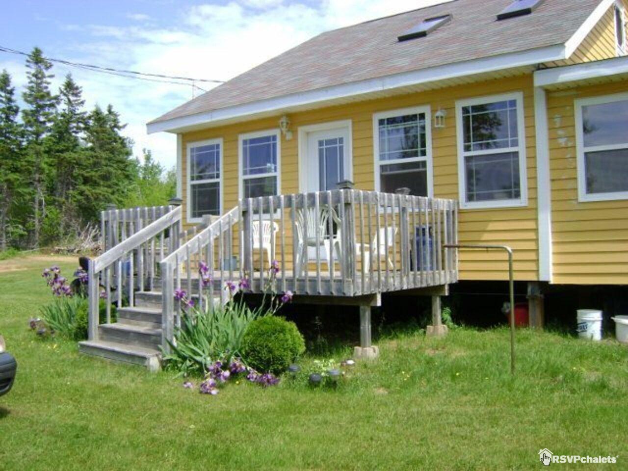 Swell Cottage Rentals Prince Edward Island Download Free Architecture Designs Viewormadebymaigaardcom