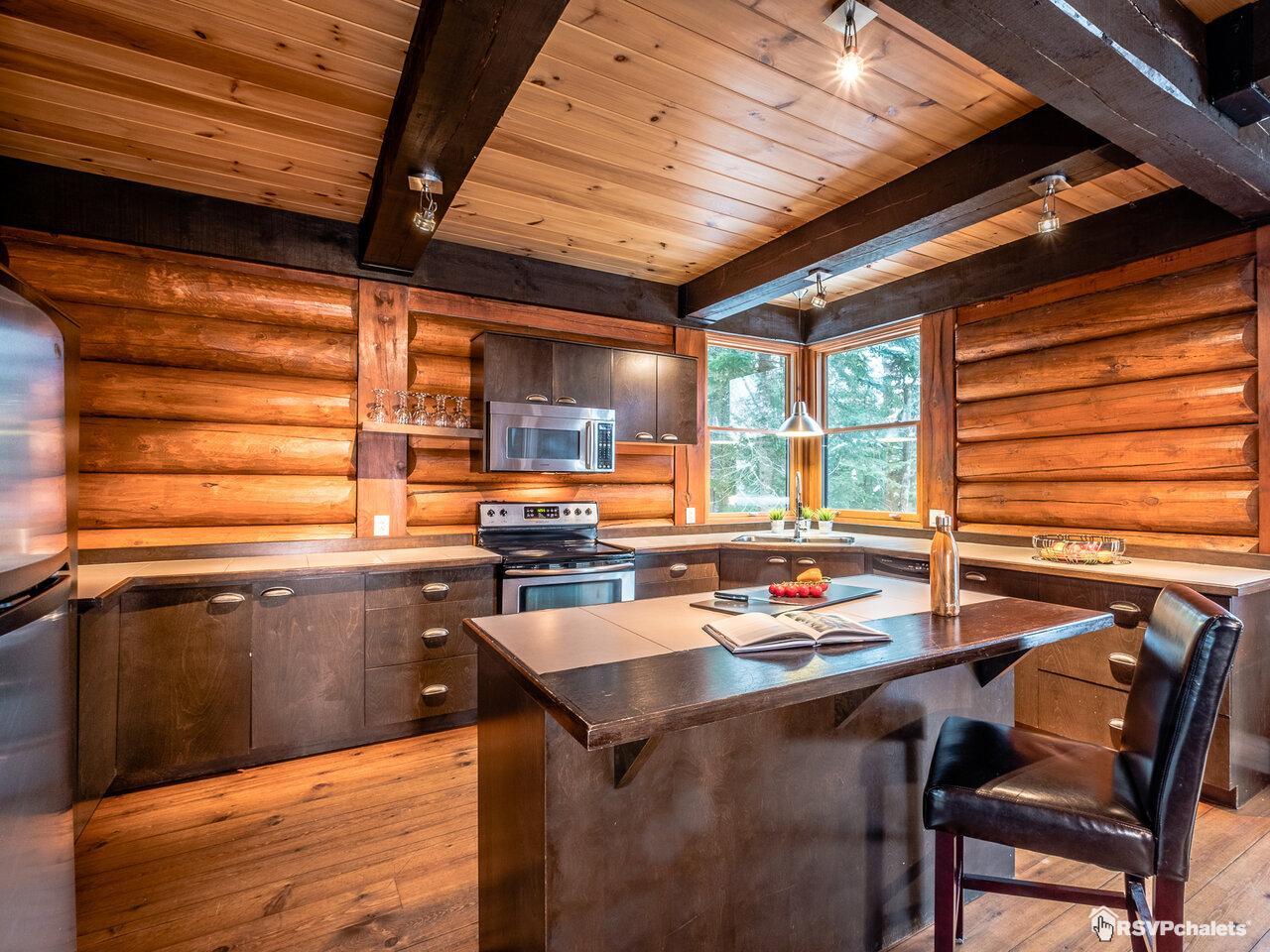 Cottage for rent: Chalet Nordic 5 Chambres | Lac-Supérieur, Laurentians
