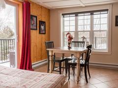 location-chalet_le-bord-de-l-eaucroissant-perle_84900