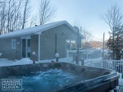 cottage-rental_les-sentiers-du-grand-lac_85845