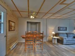 location-chalet_chalet-pavillon-des-pins-gris_68025