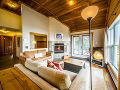 cottage-rental_condo-ski-nature-en-haut-avec-spa_72679