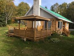 cottage-rental_chalet-au-bord-du-lac-de-l-est_75352