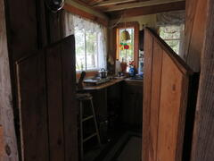 cottage-rental_cosy-lakefront-cabin_91918