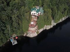 cottage-rental_chalet-3-cac-au-bord-du-lac-duhamel_106589