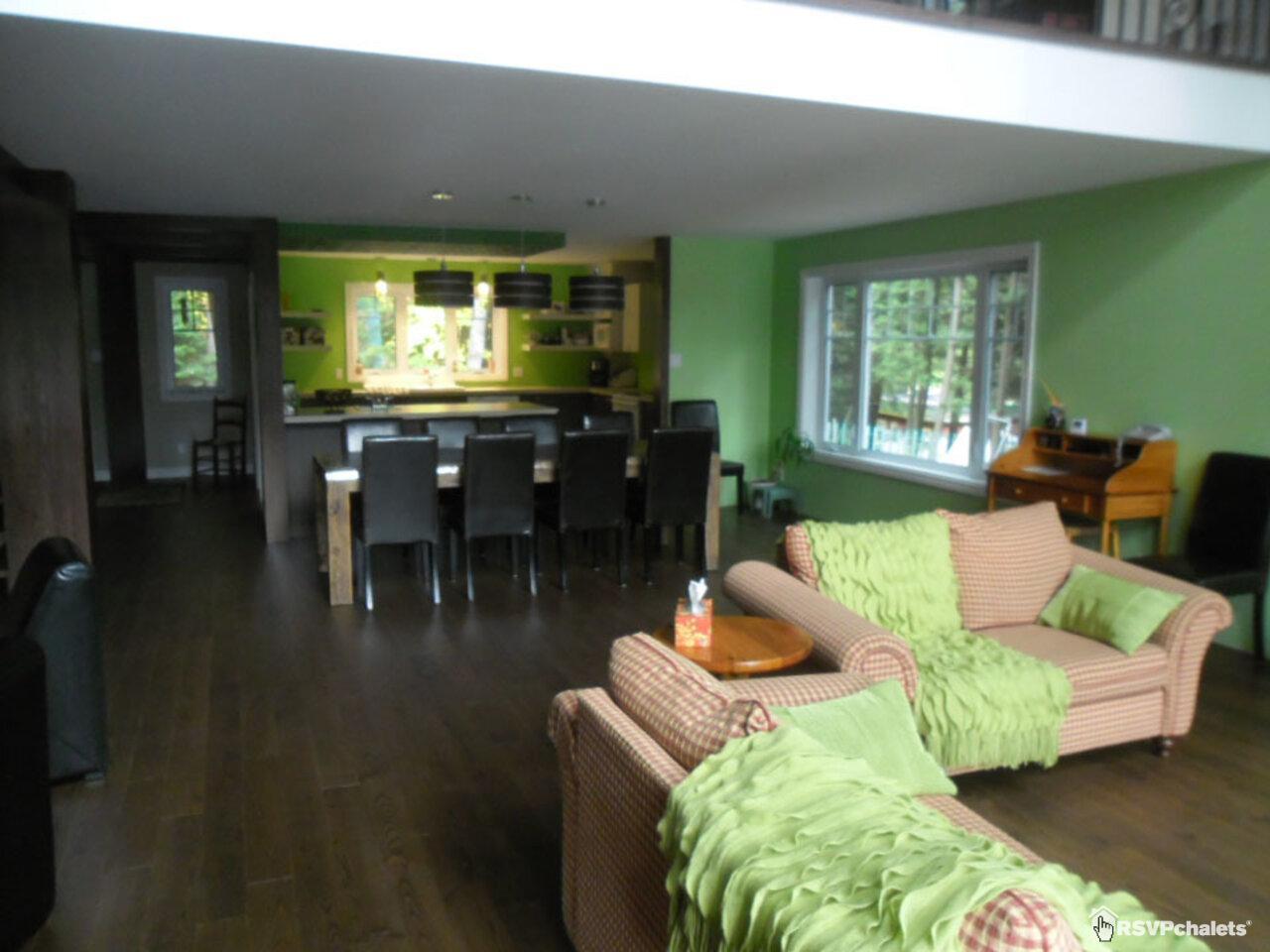 chalet louer rustique chic montpellier outaouais. Black Bedroom Furniture Sets. Home Design Ideas