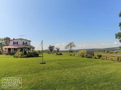 cottage-rental_la-maison-des-trois-lacs_82850