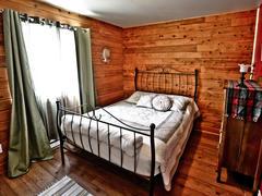 cottage-rental_chalet-a-louer-bois-domaine-adstock_122472