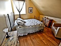 cottage-rental_chalet-a-louer-bois-domaine-adstock_122475