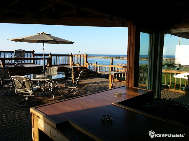 Beachfront Vacation Cottages