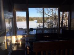 cottage-rental_echo-fallswaterfronthot-tub_90190