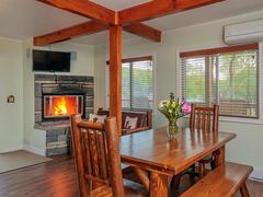 cottage-rental_woodpecker-3-bedroom_102191