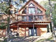 cottage-rental_chalet-de-bois-3_96274