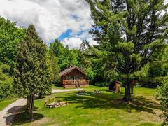 cottage-rental_les-chalets-tourisma_128380