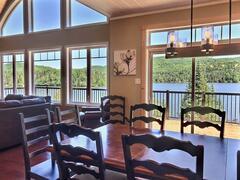 cottage-rental_cedar-point-luxury-lakefront-chalet_120910