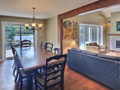 cottage-rental_lakefront-chalet-4-bdrm-spa-14-pers_109815