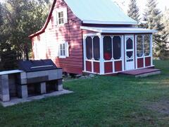 rent-cottage_Ste-Euphémie_102743