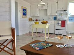 cottage-rental_la-petite-maison-bleue_109261
