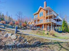 cottage-rental_officier-1-et-2-spa-chalets-confort_119310