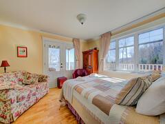 cottage-rental_officier-1-et-2-spa-chalets-confort_119328