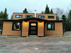 rent-cottage_Mont-Carmel_123807