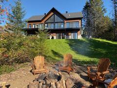cottage-rental_domaine-valcartier-sur-le-lac_127196